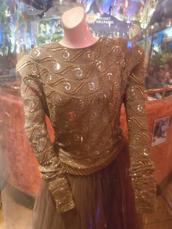 Faye Dunaway Mommie Dearest costume