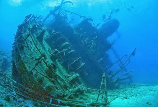 Underwater Huge Ship, Bermuda Triangle Underwater, Bermuda Ships Found,