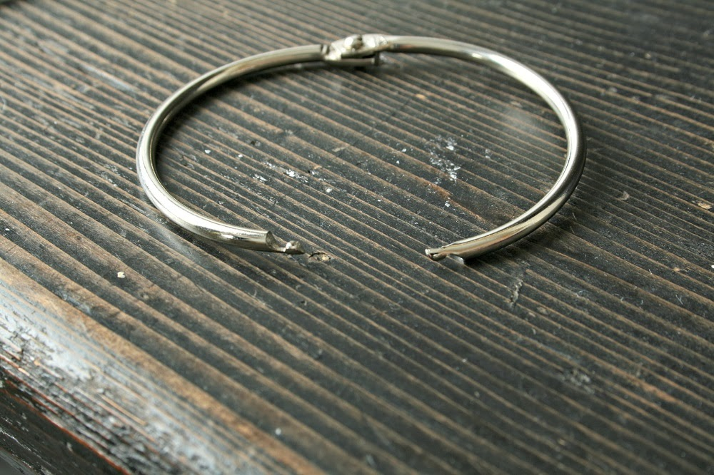 metal hinged snap ring