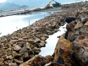 Atasi Abrasi - Rob, Garis Pantai Sepanjang 7 km Dibangun Tanggul