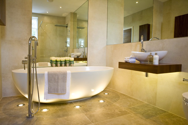 David dangerous amazing bathroom design hertfordshire for Amazing bathroom remodels