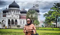 MASJID dan PESANTREN INDONESIA