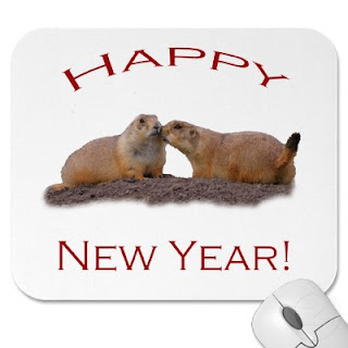 happy new year mouse kiss