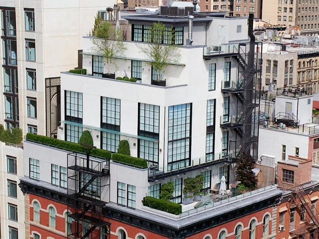 Photo of Tribeca rooftop penthouse as seen from the air