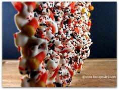 http://therecipegirl.blogspot.com/2008/10/candy-corn-cookie-bark.html