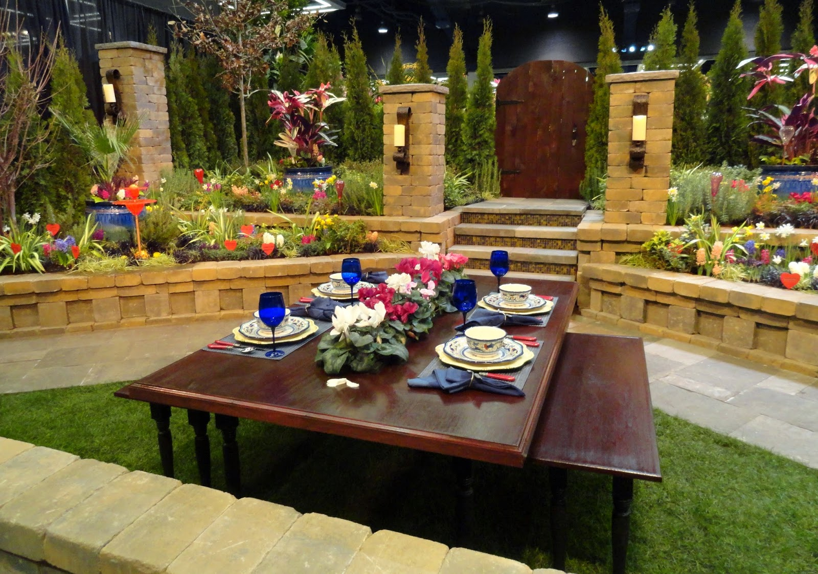 danger garden: The Display Gardens at the 2015 NWFG Show