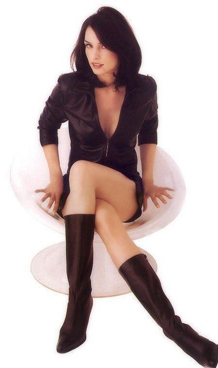 Liz Vassey sexy picture