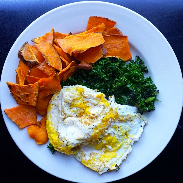 THE EAT YOUR HEART OUT DIET : Whole30 Recipe // Sauteéd Kale with ...