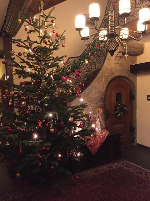 Rothenburg Ob Der Tauber A Medieval Christmas Purple Chocolat Home - Medieval Christmas Tree