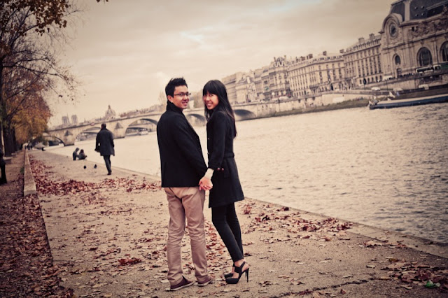 engagement session in paris