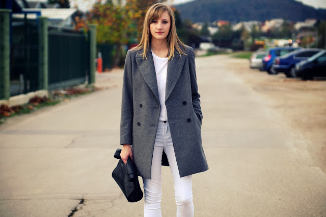 zara double breasted grey coat, new coat aw 2013 zara, white outfit, minimalistic outfits, promod boots, new look white pants, leather lunchbag zara, fashion blogger, victoria tornegren influence, tendy, fashion trends, street style