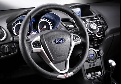 Ford Fiesta ST 2013 Montreal volant