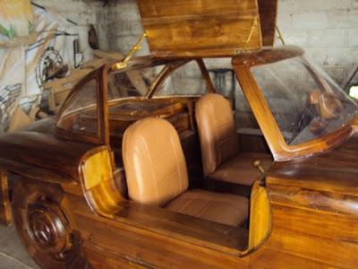 Replika Mecedes-Benz 300SL kayu jati