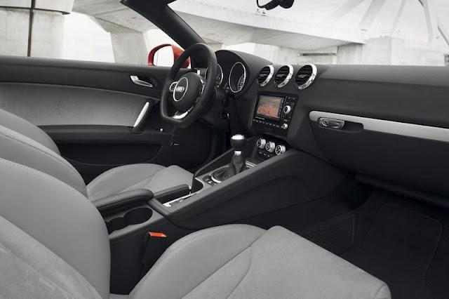 2011 Audi TT Roadster Front Interior