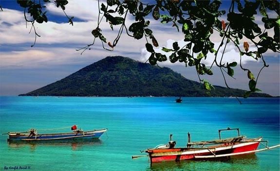 Sejarah Taman Laut Bunaken