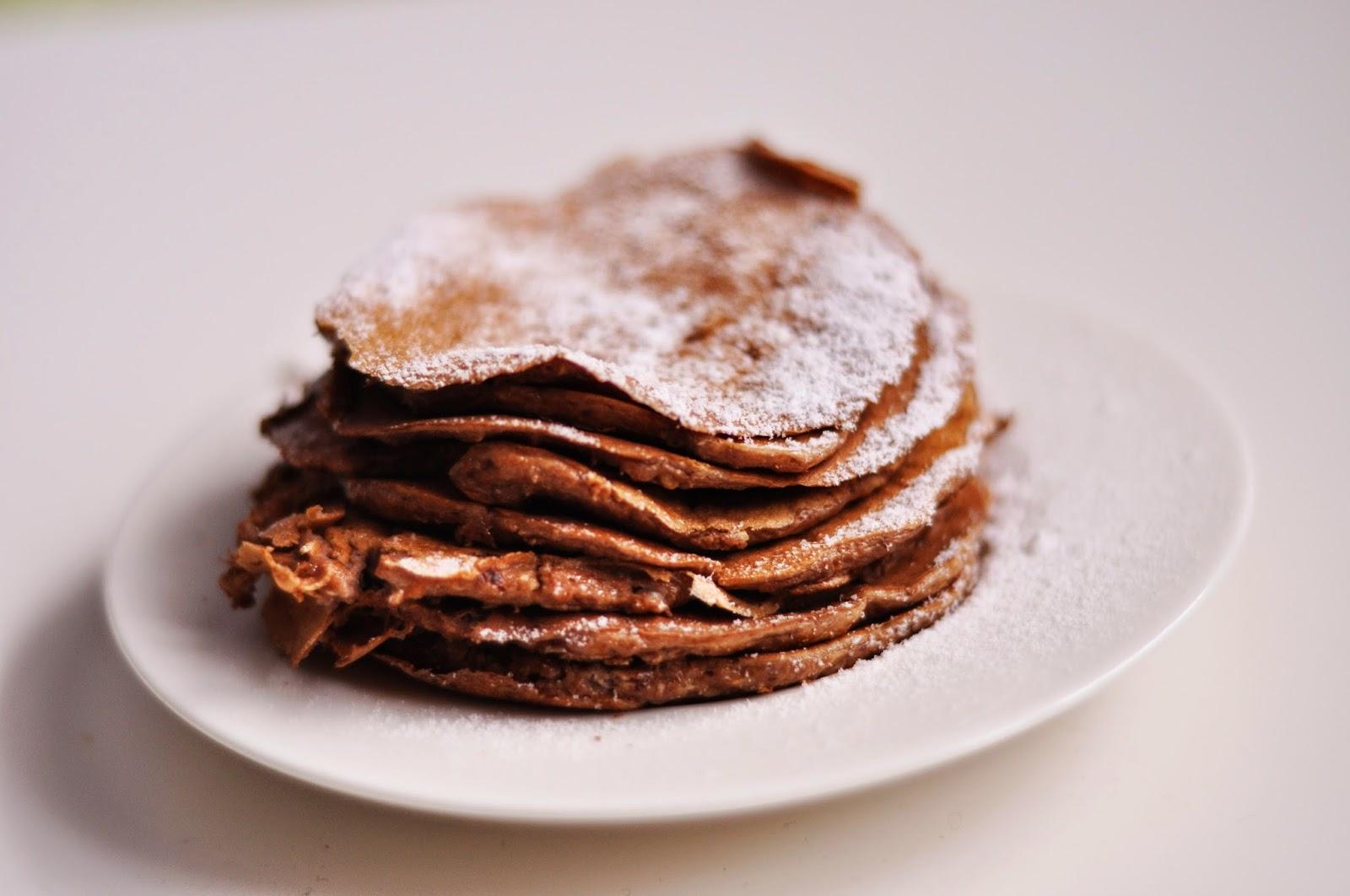 Czekoladowe pancakes pełnoziarniste i pierwsze 100 przepisów