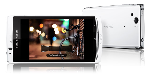 Sony Ericsson Xperia Arc S imagen frontal y trasera