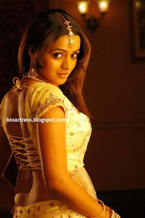 south indian mallu actress bhavana biography