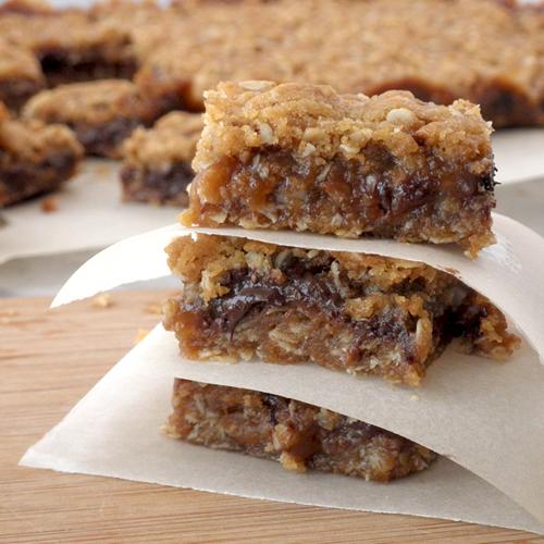 Food Pusher: Oatmeal Caramel Bars