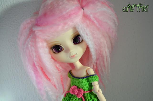 pullip prupate doll yarn wig peluca de lana muñeca de plastico vestido crochet dress ganchillo fur mohair blythe kawaii handame