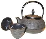 Grand choix de théières en fonte japonaises