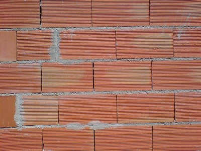 Les murs ubicumque et semper - Enduit sur brique rouge ...