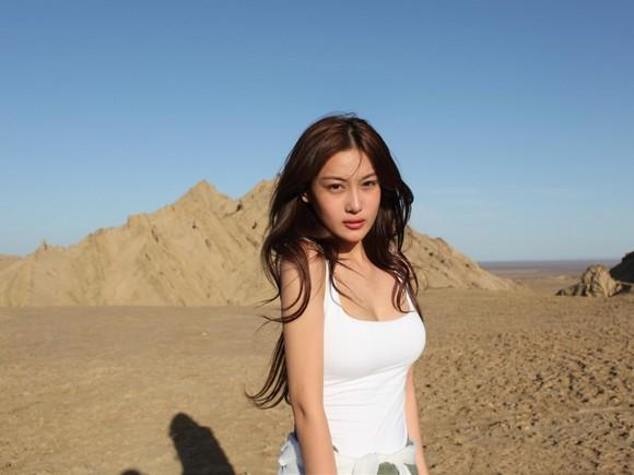 Girls Beauty Wallpaper Zhang Xinyu 04