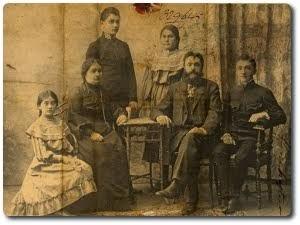Antoni i Malwina Feill z dziećmi