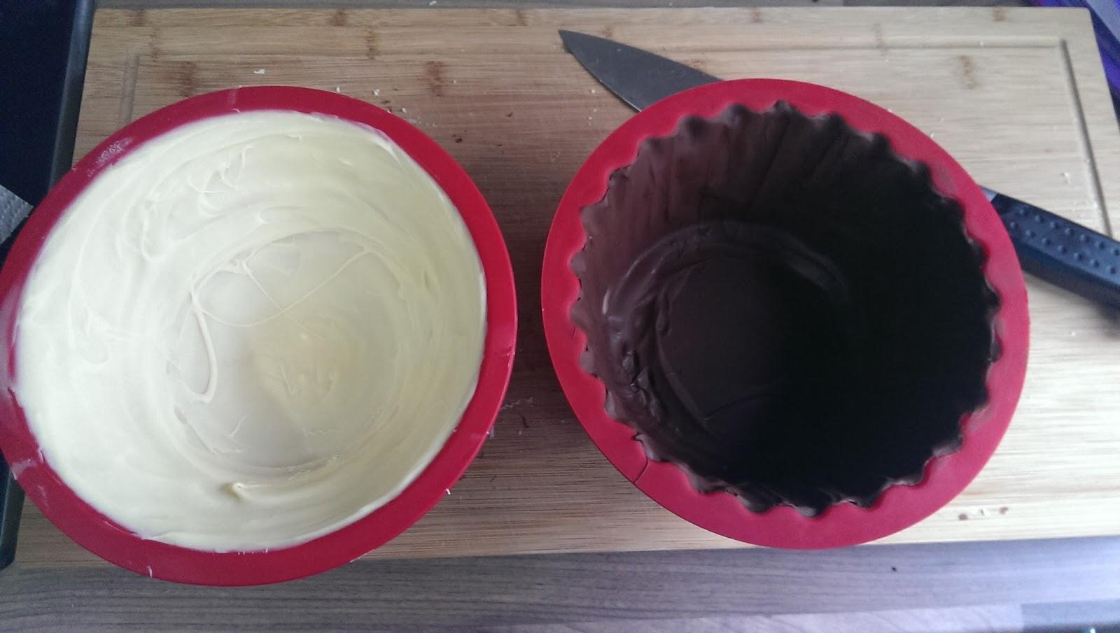 s es sonst wird 39 s herzhaft cupcake pi ata aus schokolade. Black Bedroom Furniture Sets. Home Design Ideas