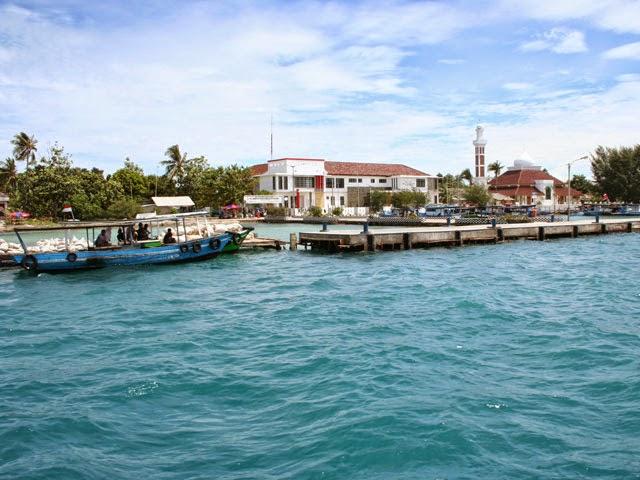 Pulau Pramuka pantai di jakarta