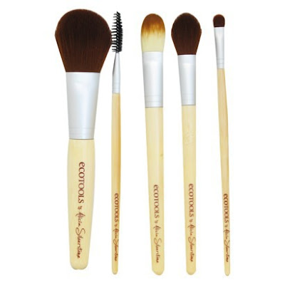 Eco+Tools+Brush+Set+with+Bag+ +5+Piece Last Minute Holiday Gifts For Beauty Lovers