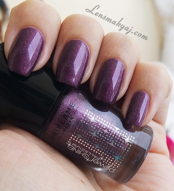 Oriflame Festive Purple