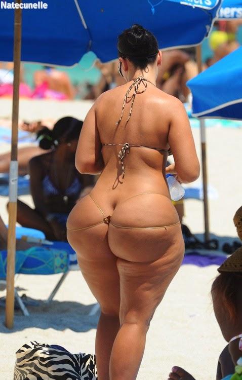 Foto big ass bikini