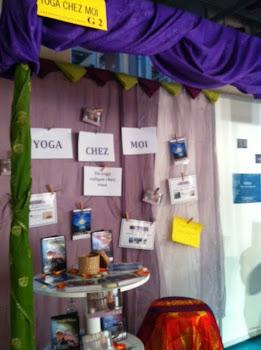 Yoga Chez Moi Stand