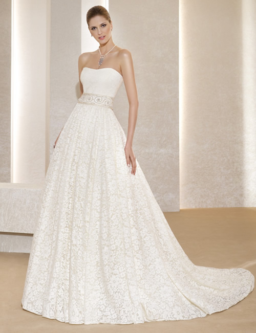 Christmas snowwhite wedding dress 2011