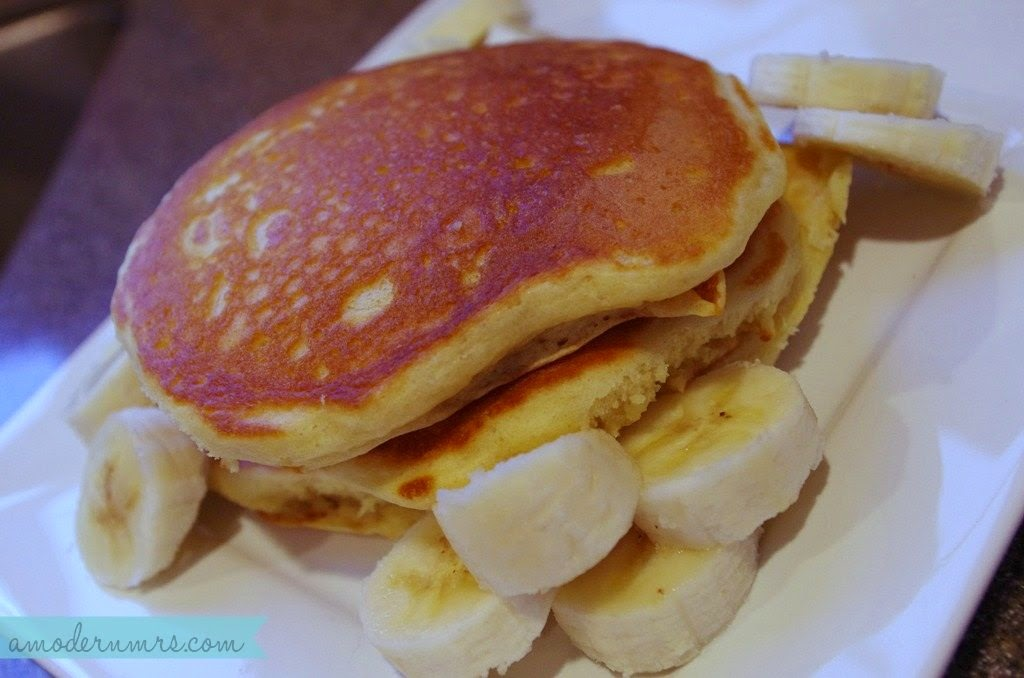 Homemade Fluffy Pancakes Recipe — a Modern Mrs.