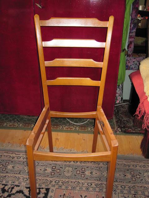 textil kunst keller alter stuhl neue sitzfl che. Black Bedroom Furniture Sets. Home Design Ideas