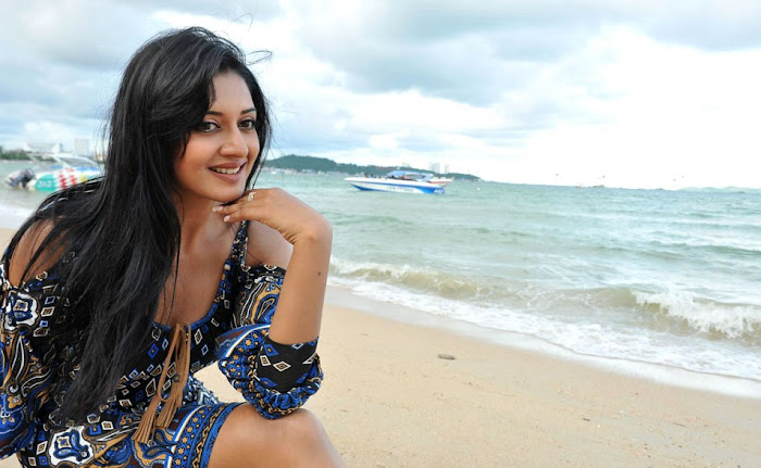 vimala raman from caca unseen pics