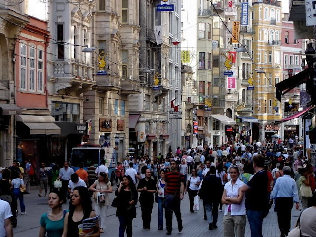 Istiklal street istanbul 39 s for Galata 1875 suites