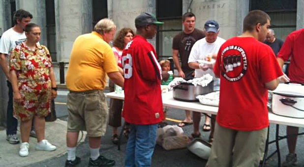 Christian Ministry Threatened With Jail Time for Serving Local Homeless and Elderly