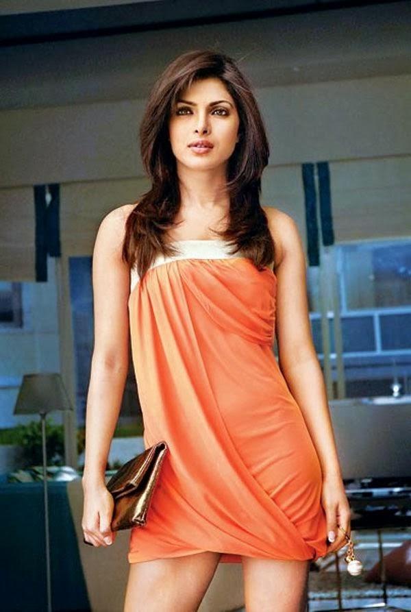 Priyanka Chopra's Hot Wallpapers ~ Allfreshwallpaper