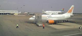 An AeroContractors 737 in Accra, Ghana