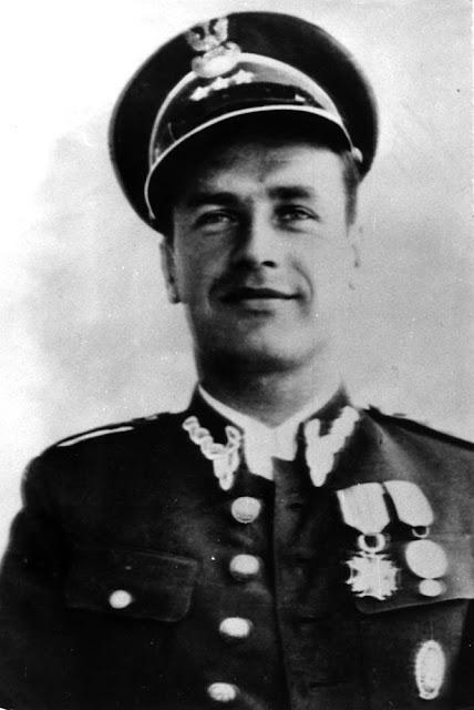 Kapitan Władysław Henzell dowódca 3 komp. ckm 163 pp rez. (fotografia przedwojenna) Fot. ze zbiorów KW.