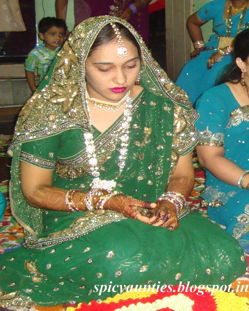 my Neighbor,Padosi Bhabis,Aunties and Girls in Saree and Salwar Kameez
