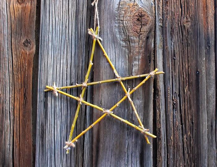 звезда из ивовых прутьев
