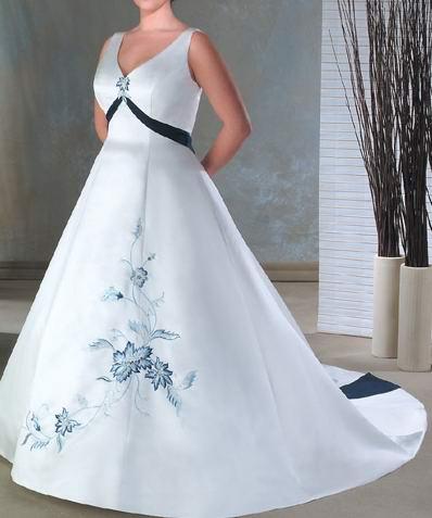Tattoo today 39 s plus size wedding dress designer for Designer wedding dresses plus size