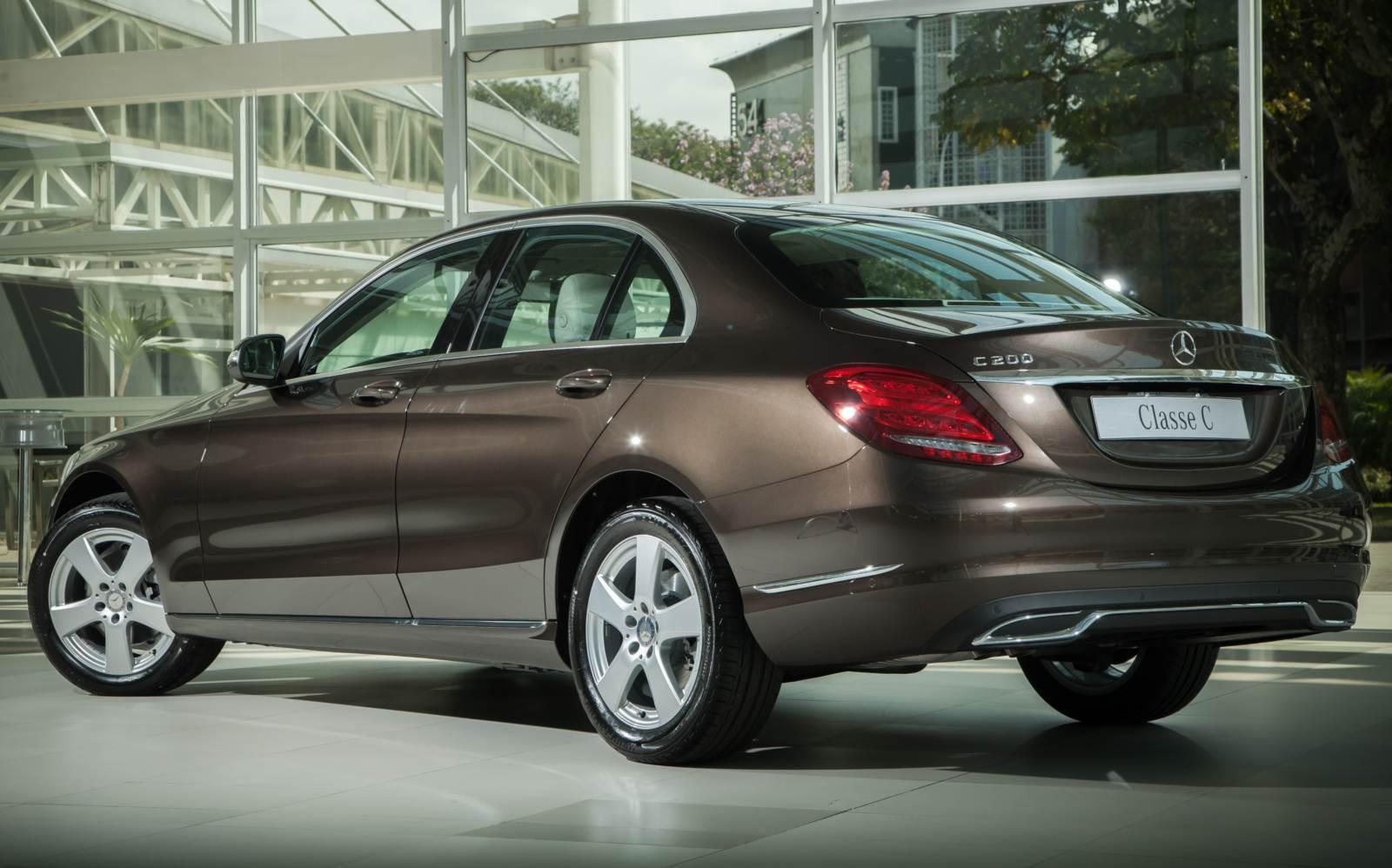 Mercedes benz c200 avantgarde 2015 pre o e especifica es for Mercedes benz c200