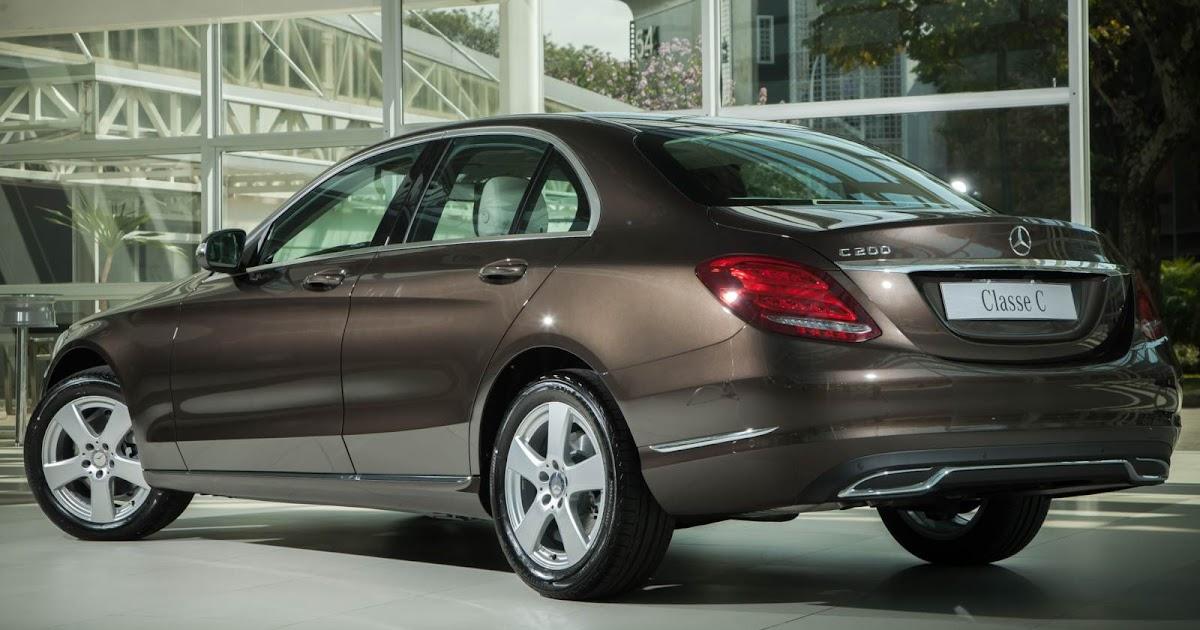 Recall para Mercedes C200: falha em cinto de segurança