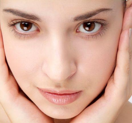 ... sedikit tips perawatan kesehatan bagi wajah anda. Sebagai berikut