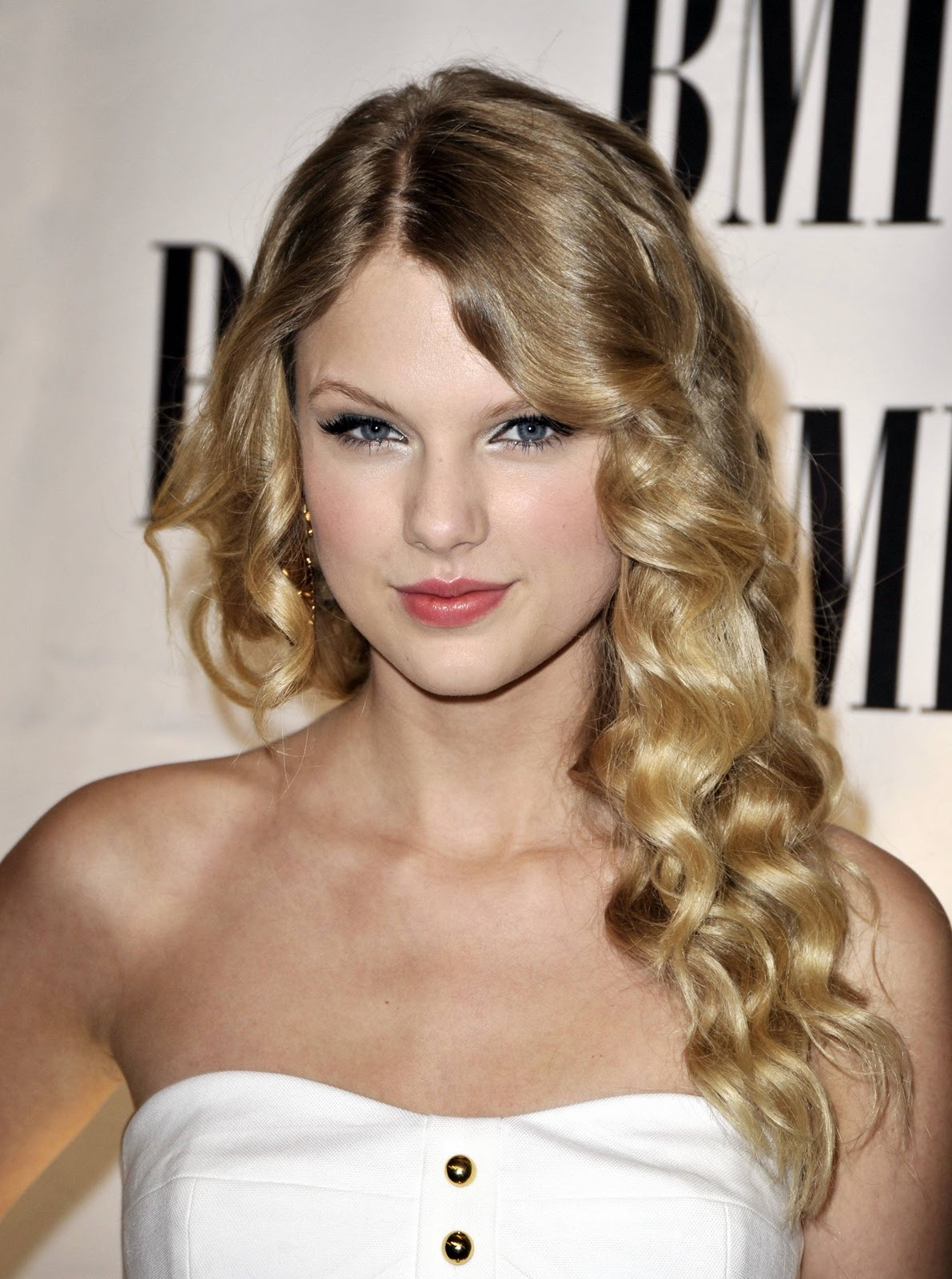 2012 taylor swift hairstyles taylor swift hairstyles pictures